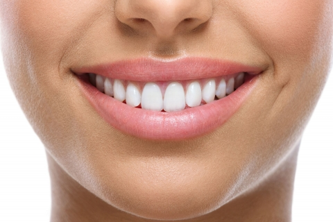 Your Battle Creek Dentist Discusses Three Alternatives to Traditional Flossing